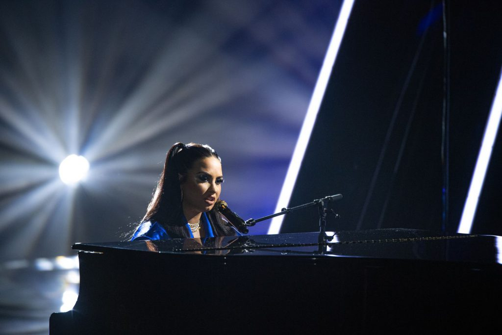 "Demi Lovato interpretó su nuevo tema ""Commander In Chief"". (Foto: Matt Petit / Billboard Music Awards)."